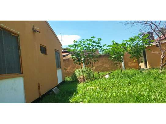 4 bed room house for rent tsh 600,000 at mikocheni image 7