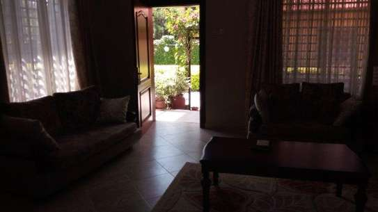 2bed  villa at oyster bay $1500pm near coco beach image 7