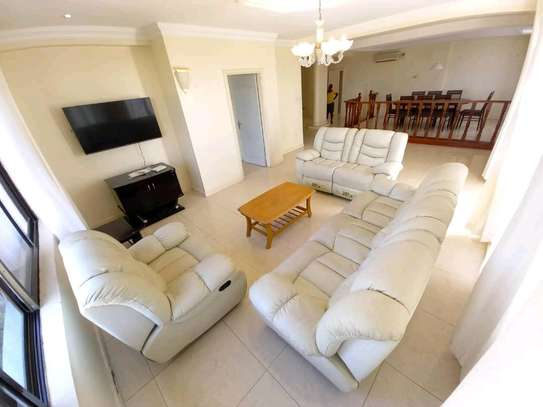 2 BEDROOM APARTMENT FOR RENT image 3