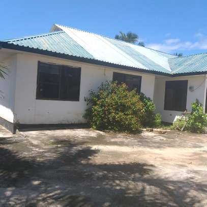 4BEDROOM STAND ALONE HOUSE 4RENT AT KIGAMBONI
