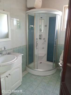 3bdrm ocean view Apartment to let in masaki image 6