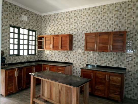 BRAND NEW 3BEDROOMS AT BURKA/WESTERN ARUSHA image 3