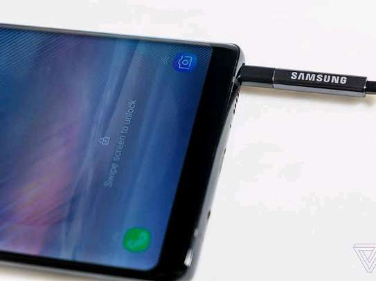 GALAXY NOTE 8 image 3