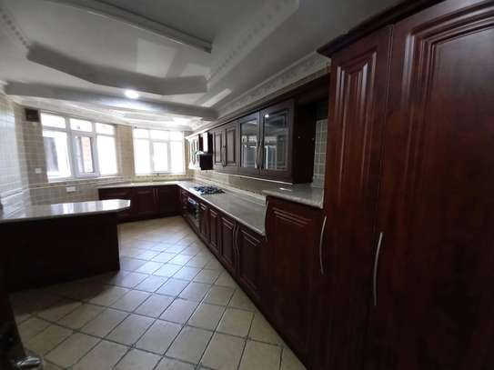 3bhk luxury apartment for rent fully furnished image 6