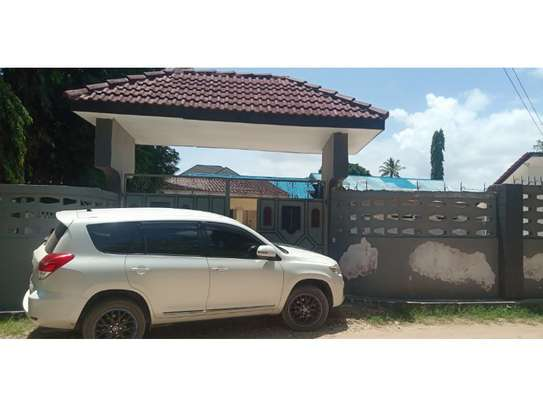 3bed house for sale 800sqm at mbezi beach africana tsh 350m image 8