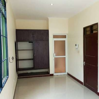 APARTMENT FOR RENT - SINZA image 2