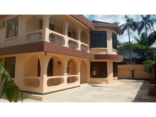 4 bed room house for sale at oyster bay image 5