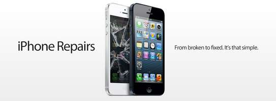 Specialist iPhone and iPad repair Technician image 1
