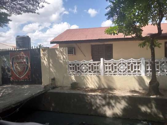 HOUSE FOR RENT AT ILALA BUNGONI image 3