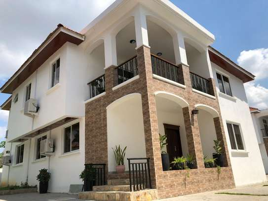 LUXURY 4 BEDROOMS DUPLEX FOR RENT AT MIKOCHENI image 1