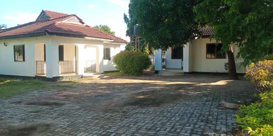2bed villa in the compound at mbeach tsh500000 image 2
