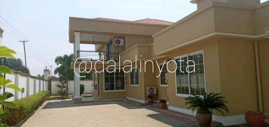NICE HOUSE FOR RENT APARTMENTS