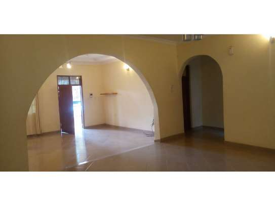 3 bed room all ensuet for rent tsh 800000 at mbezi beach rain ball image 13