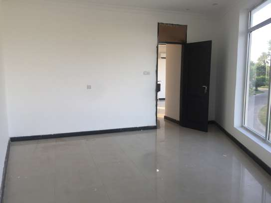 one bedrm,sitting room and kitchen ( MASAKI) for rent image 5