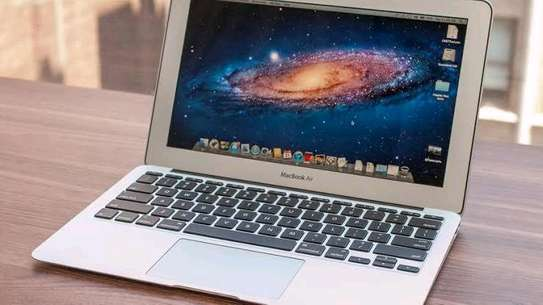 Macbook Air 2012 core i5