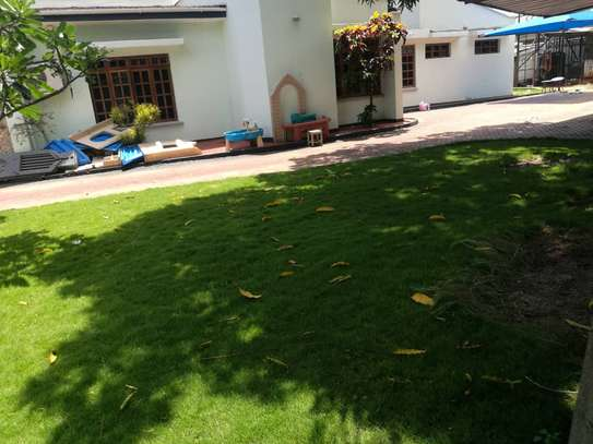 4bed room house at mbez africana TSH 1million image 10