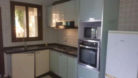 1 bedrooms apartment for rent at upanga image 4