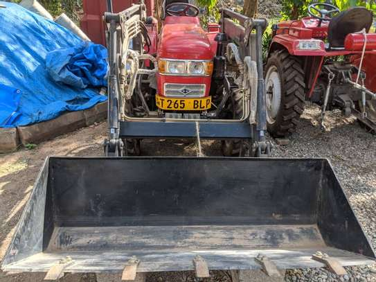 2010 Chinese Tractor 4WD  FARM TRACTOR image 8