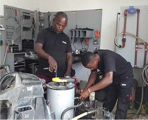 Fundi Professional Equipped Mechanics