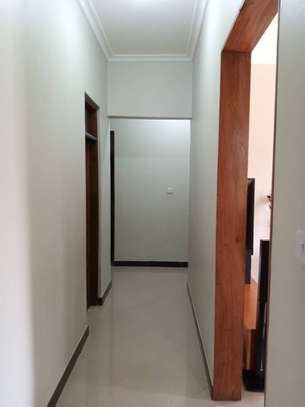 3 Bedrooms House for Sale, Kimara image 8