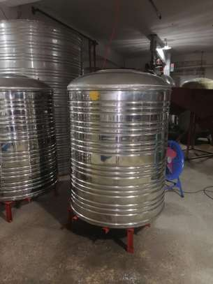 Stainless steel tanks 304 materials image 1