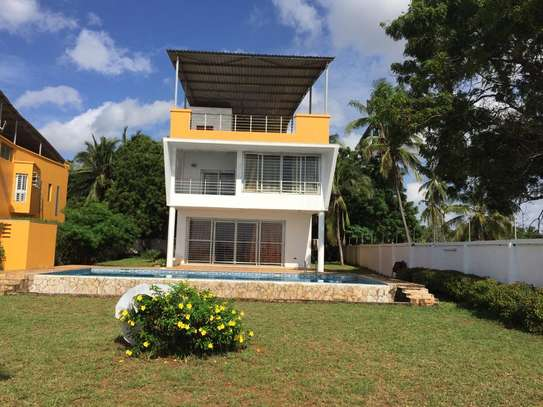 4bed beach villa at kawe $1500pm image 7