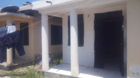 2bed room house at kawe tsh 300000 image 1