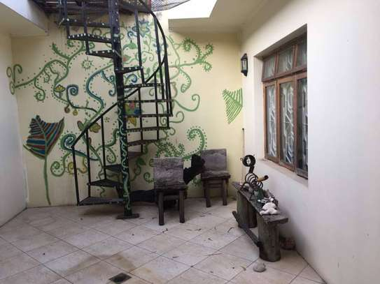 4 bed room house for rent at oyster bay $1500pm image 2