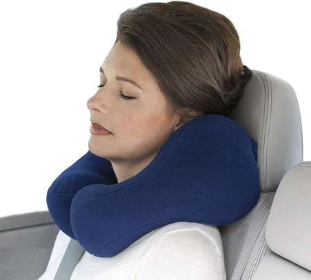 TRAVEL NECK SUPPORT PILLOW image 2