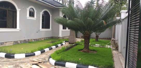 4 bdrm House for Rent in Kinondoni Best Bite. image 3