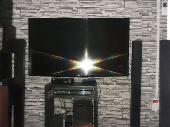 Tv LG na home theater LG image 1