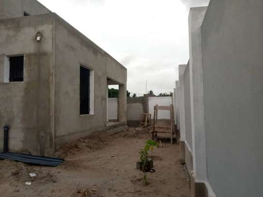 3 bed room house for sale at kigamboni ungindoni image 4