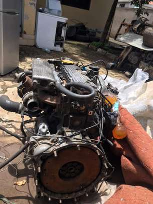USED LAND ROVER  ENGINE 300 SERIES image 2