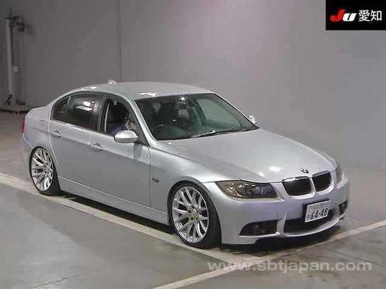 2002 BMW 3 Series image 1