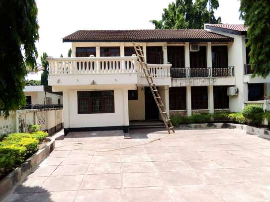 5 bed room house for rent at mikocheni , house ideal for office or residential image 1