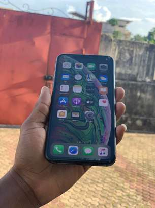iPhone XS Max 64GB spacegray for sale image 6