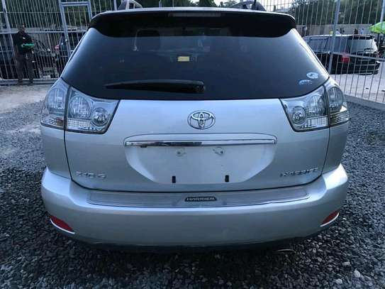 2006 Toyota Harrier image 2