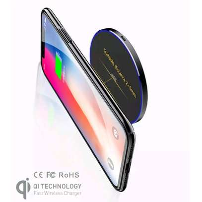 NIEN Wireless Charger - White image 4