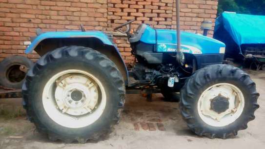 2014 New Holland 47HP TT45 4WD image 2