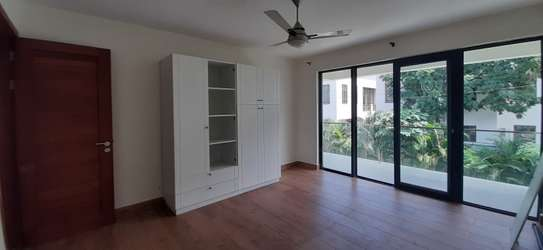 4 Bedrooms Compound House With Private Pool For Rent in Oysterbay image 11