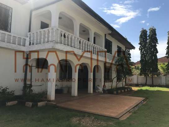 4 Bdrm House for sale in Masaki image 2