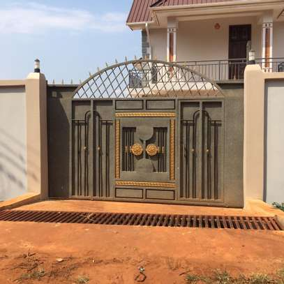 Beautiful 3 BEDROOMS MAISONETTES APARTMENTS FOR RENT IN MOROGORO image 2