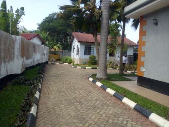 3bed house bungalow at ada estate  on tamarc image 3
