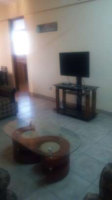 4th Flr 2 Bdrm Furnished Apartment, City Center image 2