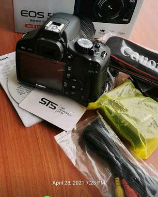 CANON EOS 550D WITH LENS 18-55MM image 2