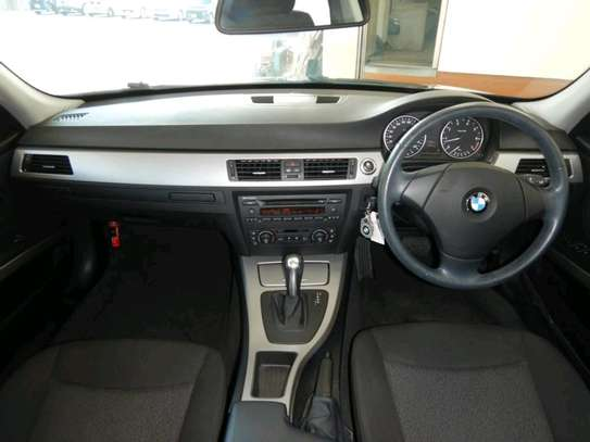 2005 BMW 3 Series image 10