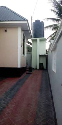 3 bed room house for sale at madale near colea college image 11