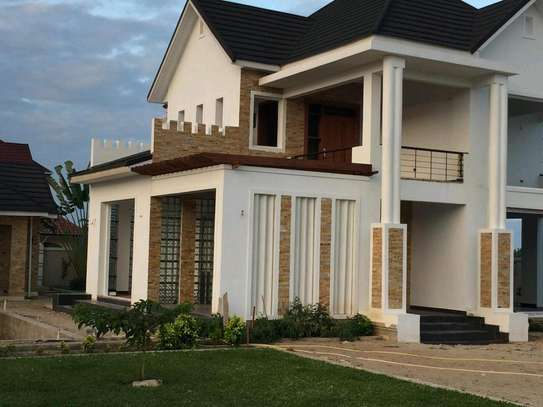 4 Bdrm Quality House in Mbweni