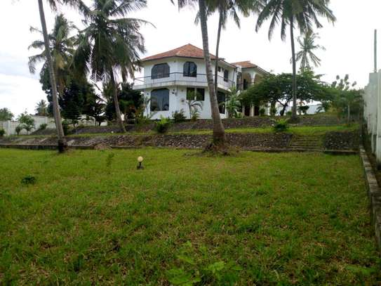 5 bedroom house in Goba close to Goba road. image 1