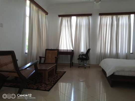2bdrm Apartment to let in oyster bay image 4